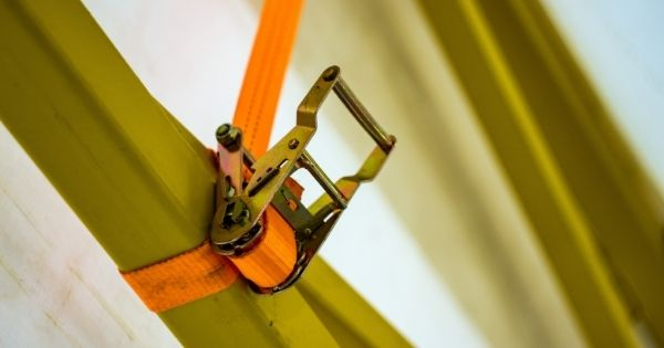How To Select the Right Type of Ratchet Tie-Down Straps